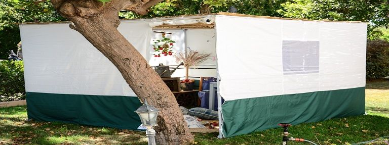 Itch to the Sukkah